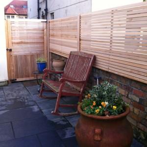 horizontal-fence-screen_1_2_1_4